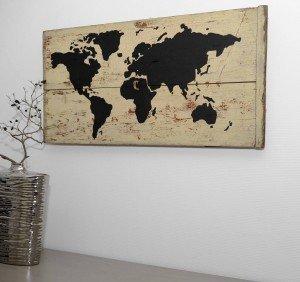 wereldkaart op oud hout