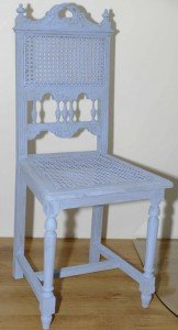 We maakten twee Henry Deux stoeltjes in deze mooie oud pastel blauwe kleur!