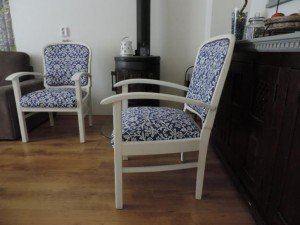 twee royal stoelen